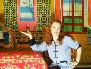 This looks like I am trying to sell a gaudy display home, but it is actually a Chinese opera set used in one of the many performances that take place around Penang