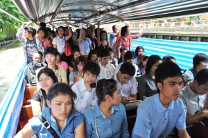 Cosy: The khlong travel experience