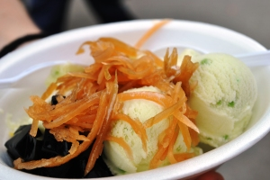 More food: Coconut icecream at Chatuchak Market. I know what readers want
