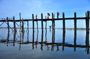 Teak experience: I was happy to see the U Bein bridge again, equipped with a better camera